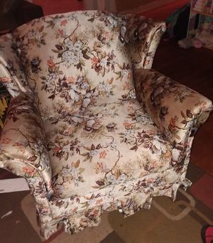 Antique chair for Sale in Columbia, SC