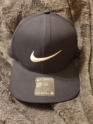 Nike golf hat for Sale in Bedford Park, IL