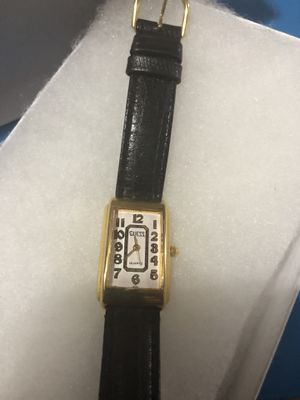 Vintage GUESS watch ( women's) for Sale in Tacoma, WA