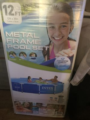 "NEW Intex 12' x 30"" Metal Frame Swimming Pool (Filter Included) for Sale in Southgate, MI"