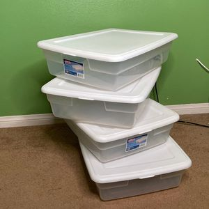 Sterilite Underbed Box 28qt for Sale in Hesperia, CA