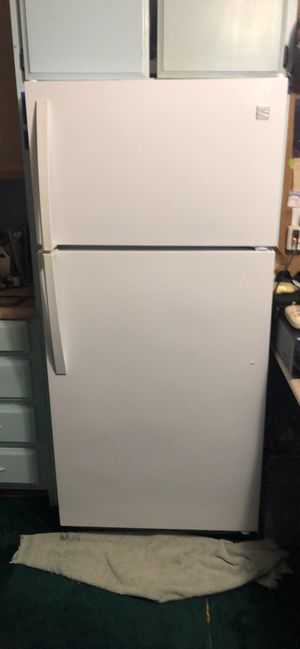 """""""MUST SELL THIS WEEKEND """"KENMORE WHITE REFRIGERATOR for Sale in Santa Maria, CA"""