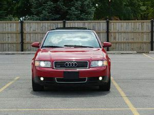 CLEAN TITLE2OO3 Audi A4 1.8T FULLY LOADED for Sale in Chicago, IL