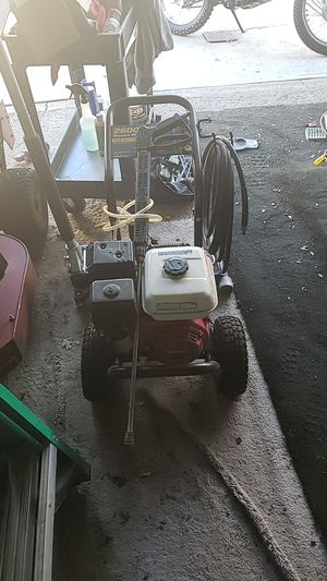 excell 6.5 honda commercial engine for Sale in Brooklyn, OH