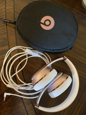 Rose Gold Beats Wireless Solo 3 for Sale in Chandler, AZ