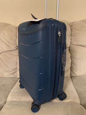 RICARDO CARRY ON for Sale in Flower Mound, TX