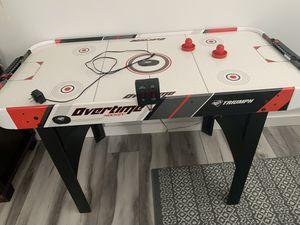Air hockey table for Sale in Miami Beach, FL