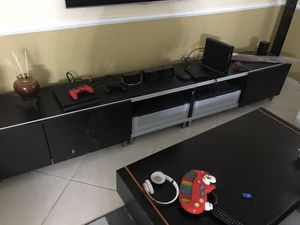 TV Stand, coffee table, 2 Stools for Sale in West Palm Beach, FL