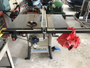 DELTA 10-in Carbide-Tipped Blade 13-Amp Table Saw for Sale in Dundalk, MD