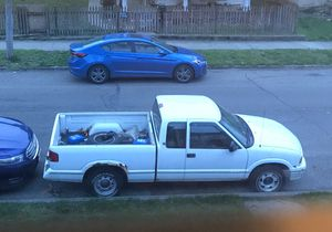 *Parts truck* 95 gmc Sonoma for Sale in Lancaster, OH