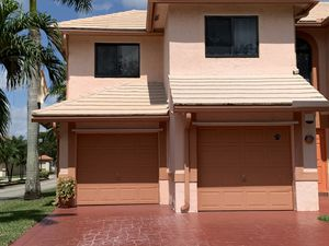 Garage doors repairs and install for Sale in Miami Gardens, FL
