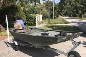 crestliner 1236CR Jon boat for Sale in Homestead, FL