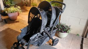 Chicco double stroller for Sale in Kapolei, HI