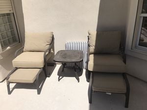Outdoor furniture set with cushions for Sale in Las Vegas, NV