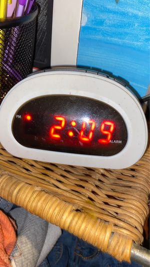 Alarm clock for Sale in March Air Reserve Base, CA