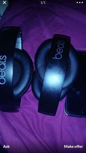 Beats studio trade for air pods jet black for Sale in Philadelphia, PA