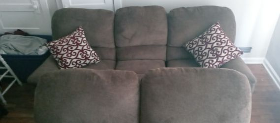 Sofa love seat reclining set for Sale in Salt Lake City,  UT