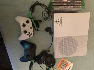 XBOX One, 2 controllers, 3 games, 2 headphones for Sale in Stockbridge, GA