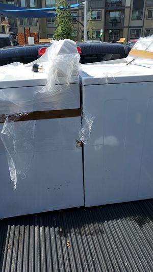 Washer and Dryer for Sale in Spanaway, WA