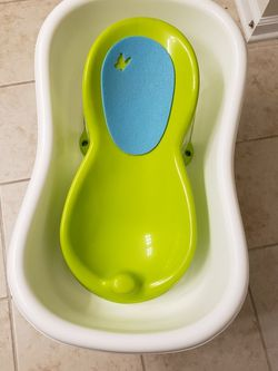 Baby Bath Tub for Sale in Braintree,  MA