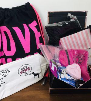 Victoria s Secret Gift Bag NWT for Sale in Miami Beach, FL