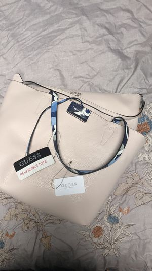 Guess reversible tote for Sale in Los Angeles, CA