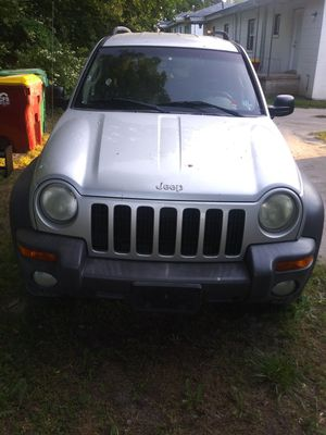 $500 For A 2004 Jeep Liberty for Sale in Petersburg, VA