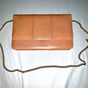 GUCCI Leather Shoulder Bag for Sale in Simi Valley, CA