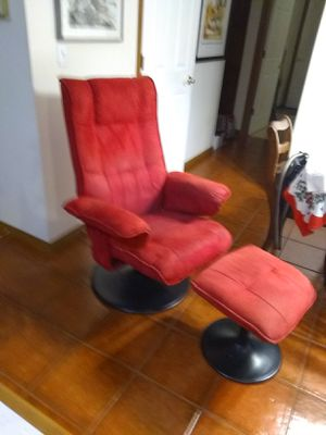 Classic Lounge Chair and Ottoman Red for Sale in La Center, WA