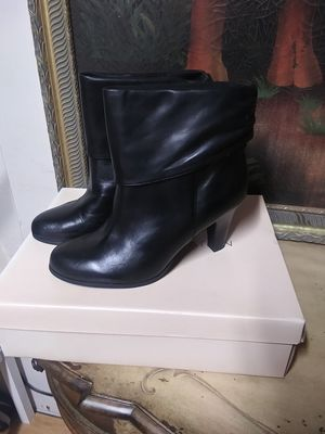boots BCBG ENERACION SIZE 10B/40 for Sale in Fort Myers, FL