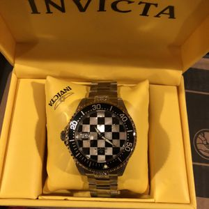 Invicta Vans Checkered Watch for Sale in Las Vegas, NV