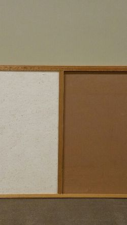 Large 1/2 CORK / 1/2 DRY-ERASE MESSAGE BOARD - firm price. for Sale in Arlington,  VA