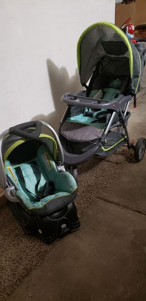 Stroller with car seat for Sale in Aurora, CO
