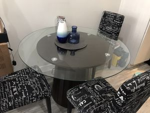 Glass Table with wood base & 3 Chairs for Sale in Los Angeles, CA