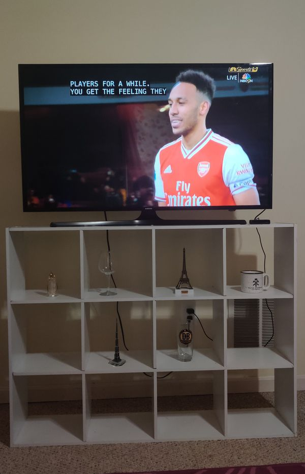 TV stand and show piece cabinet for sale