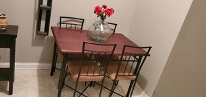 Breakfast/Dinner Table for Sale in Ellenwood, GA