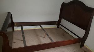 Queen size bed frame. for Sale in Stockton, CA