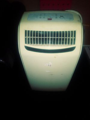 Royal Sovereing Portable AC for Sale in Pomona, CA