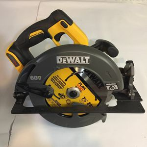 DEWALT 60 VOLT FLEXVOLT CIRCULAR SAW DCS575B. (TOOL-ONLY) NEW. NUEVO. for Sale in Tucker, GA