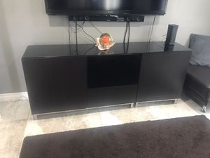 TV stand for Sale in Glendale, CA