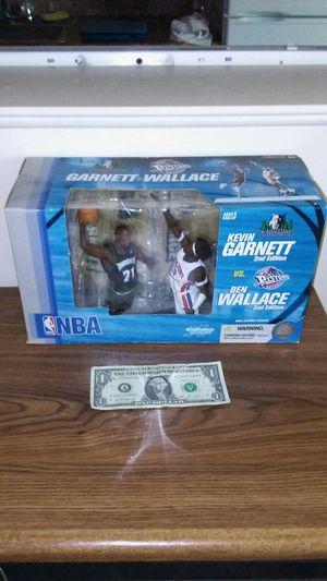 Kevin Garnett vs. Ben Wallace NBA action figure box set for Sale in Cleveland, OH