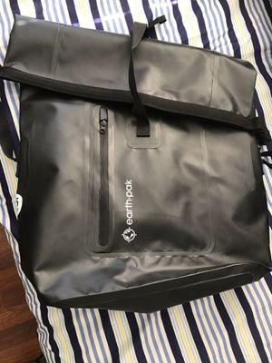 Earth pak 35L waterproof backpack for Sale in Covina, CA