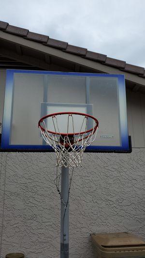 Lifetime adjustable Basketball Hoop. for Sale in Glendale, AZ