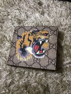 Gucci Tiger Head Brown GG Wallet for Sale in Queens, NY