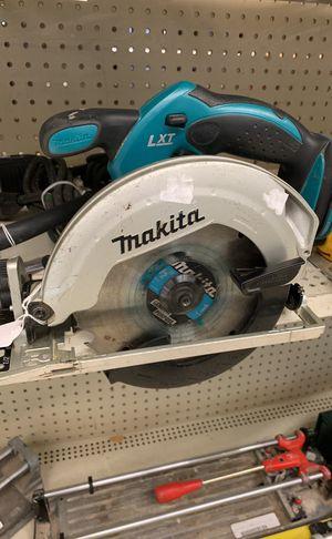 Makita cordless circular saw for Sale in Austin, TX
