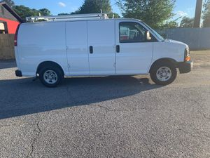 2005 Chevy Express V6 156k miles clean title for Sale in Auburn, GA