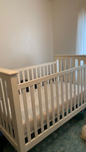 Pottery Barn crib for sale, w/ new mattress for Sale in Lake Stevens, WA