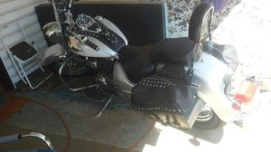 2007 Suzuki 800 motorcycle for Sale in Independence, OR