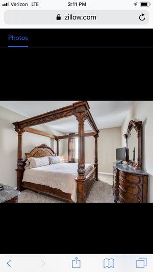 King size canopy bedroom set, mattress not included for Sale in AZ, US