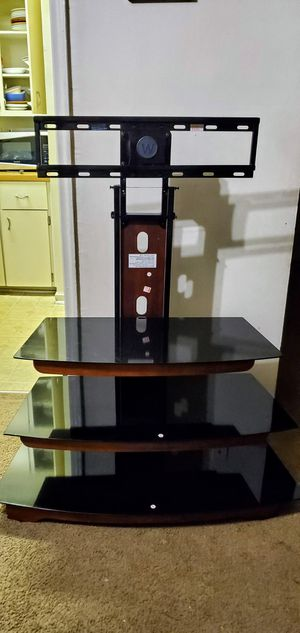 Very good TV stand maximum 135 lbs load for Sale in Washington, DC
